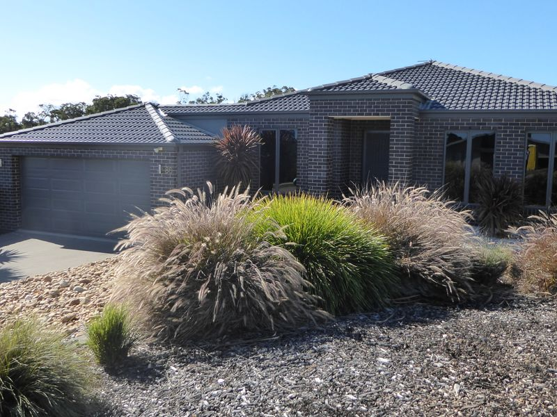 80 Country Club Drive, Lakes Entrance, Vic 3909