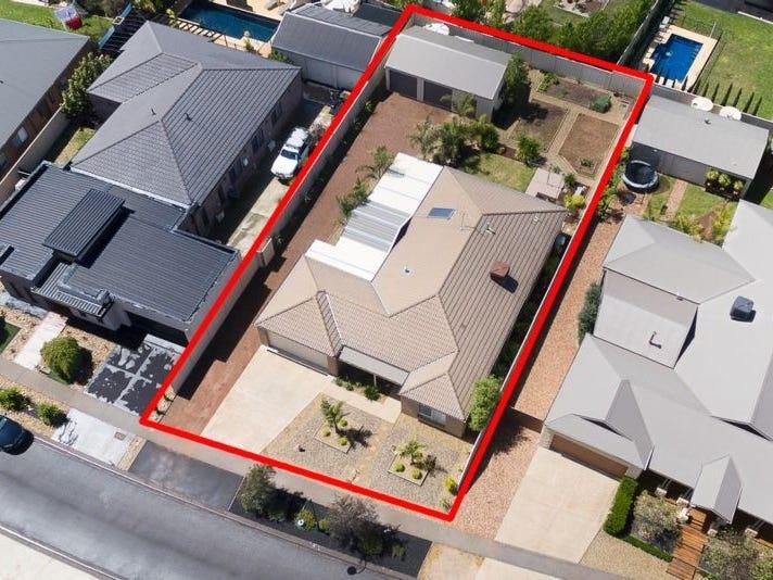 13 Hanover Place, Strathfieldsaye, Vic 3551