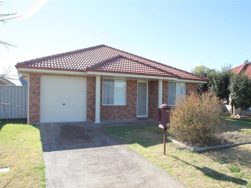 5 Green  Crescent, Quirindi, NSW 2343
