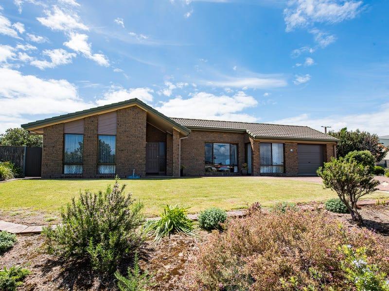 16 Arthur street, Beachport, SA 5280