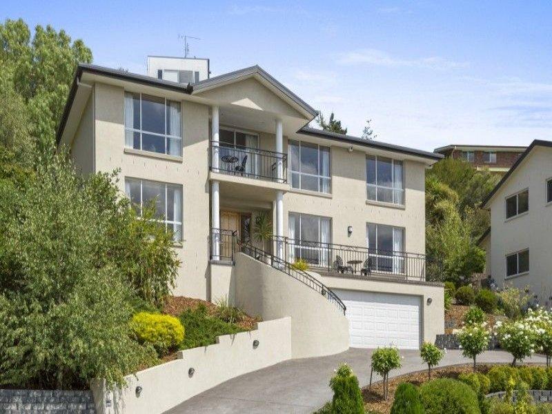 12 Sunvale Avenue, Sandy Bay, Tas 7005