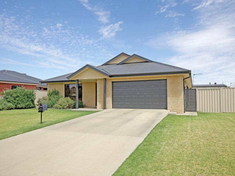 40 Loughan Road, Junee, NSW 2663