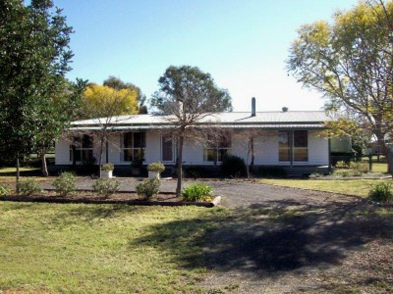 33-35 KING STREET, Coonamble, NSW 2829