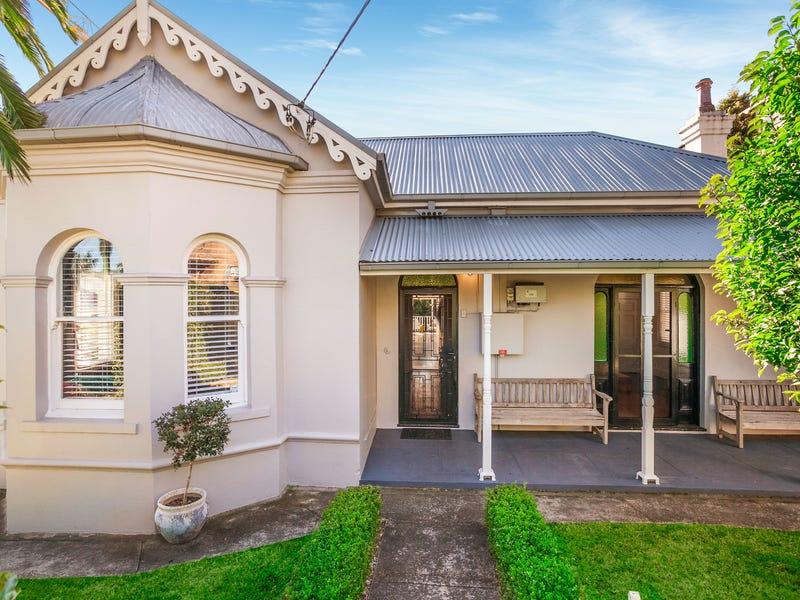 12 Edward Street, Wollongong, NSW 2500