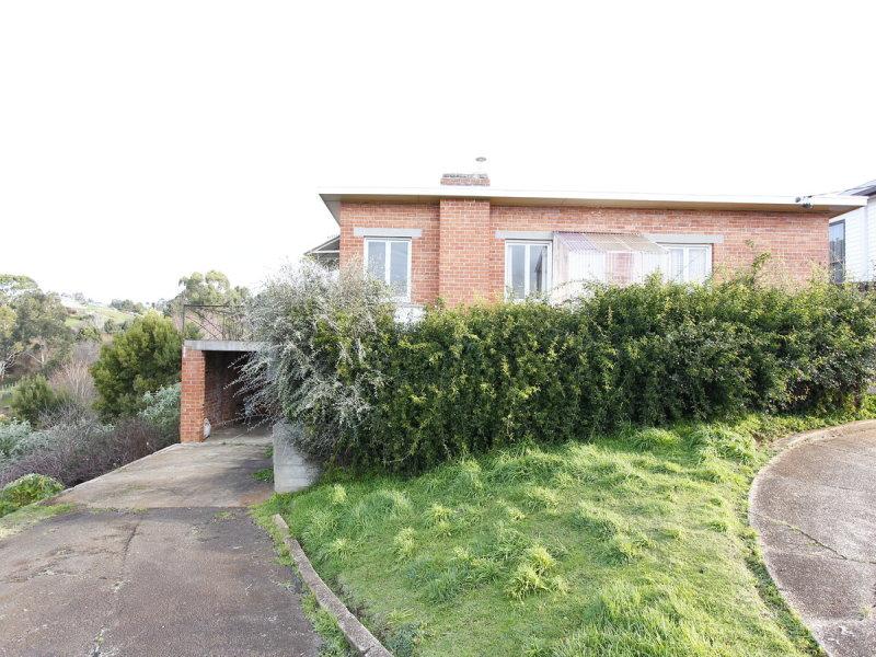 24 Hamilton Street, Upper Burnie, Tas 7320