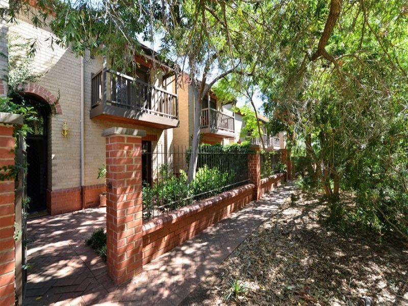 2/2 Spence Avenue, Myrtle Bank, SA 5064