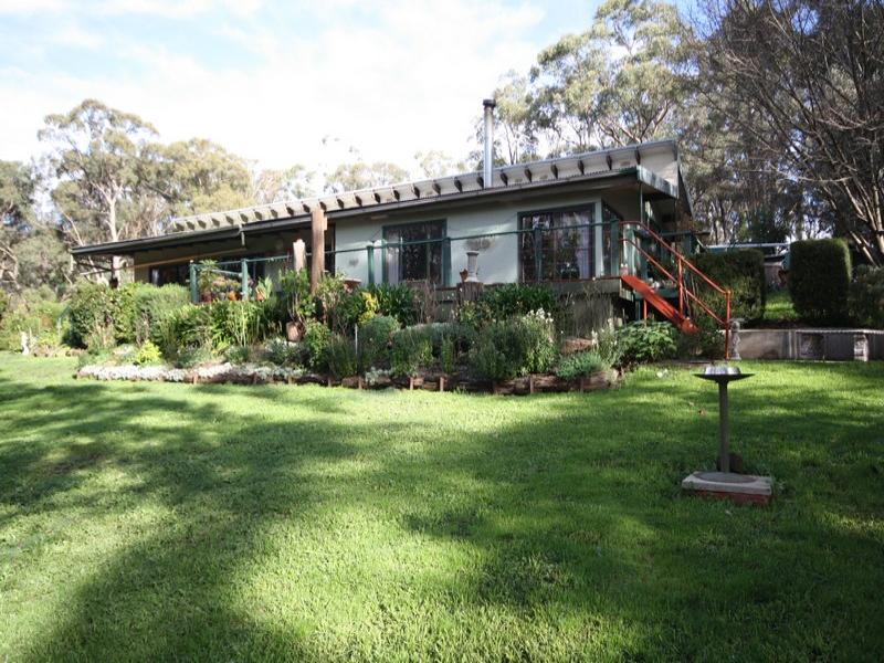 298 Skeltons Road, Yendon, Vic 3352