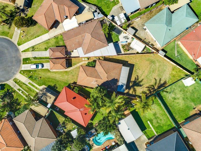 14 Loire Place, Kearns, NSW 2558