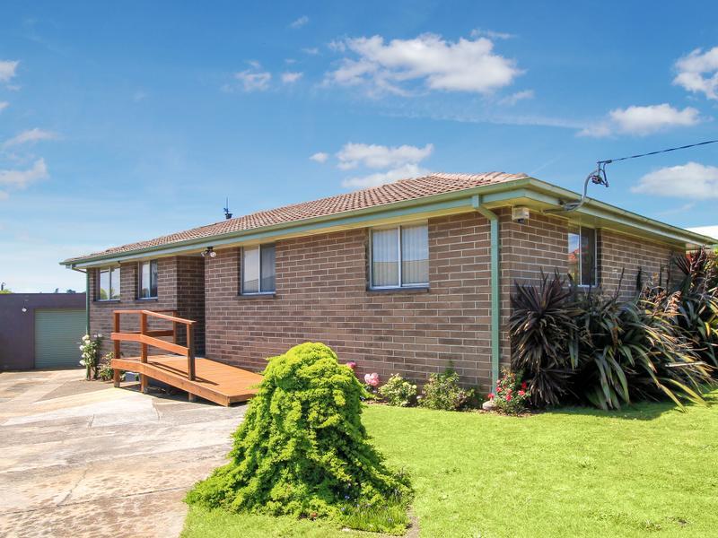 15 Loane Avenue, East Devonport, Tas 7310