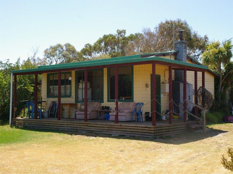 62 Sarena Pde, Robertsons Beach, Vic 3971