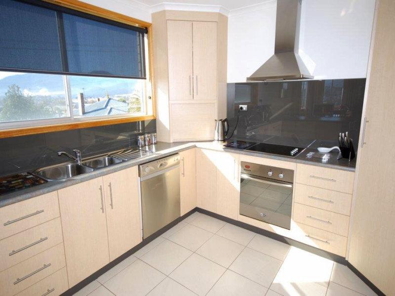 1 Trevor Terrace, New Norfolk, Tas 7140