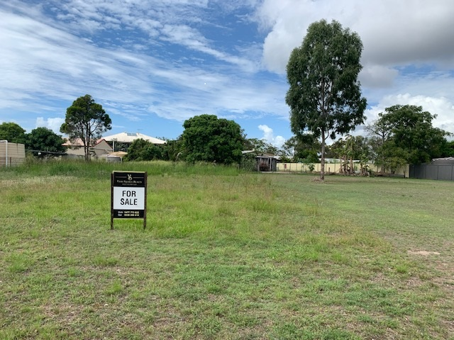 38 Isis St, Buxton, Qld 4660