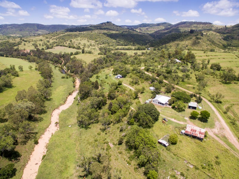145 Perretts Road, Mount Whitestone, Qld 4347
