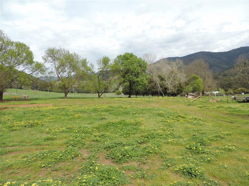 Lot 4/6 Growlers Creek Road, Wandiligong