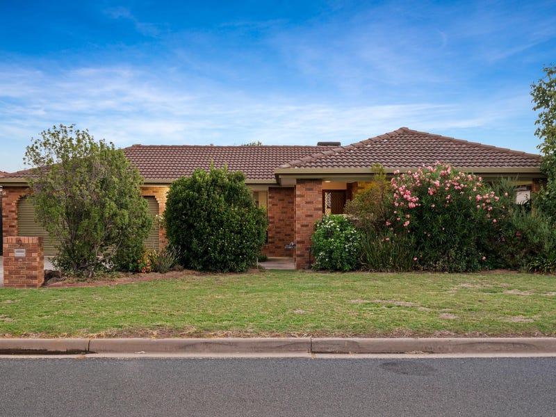 9 Worsley Place, Lavington, NSW 2641
