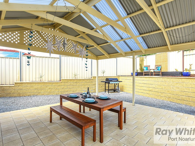 2 Marsden Place, Huntfield Heights, SA 5163