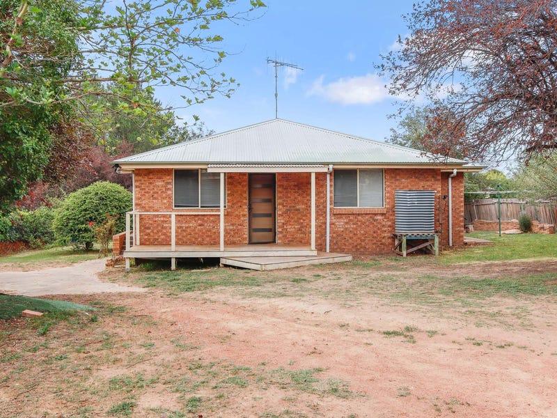 54 Grovenor Street, Gunning, NSW 2581