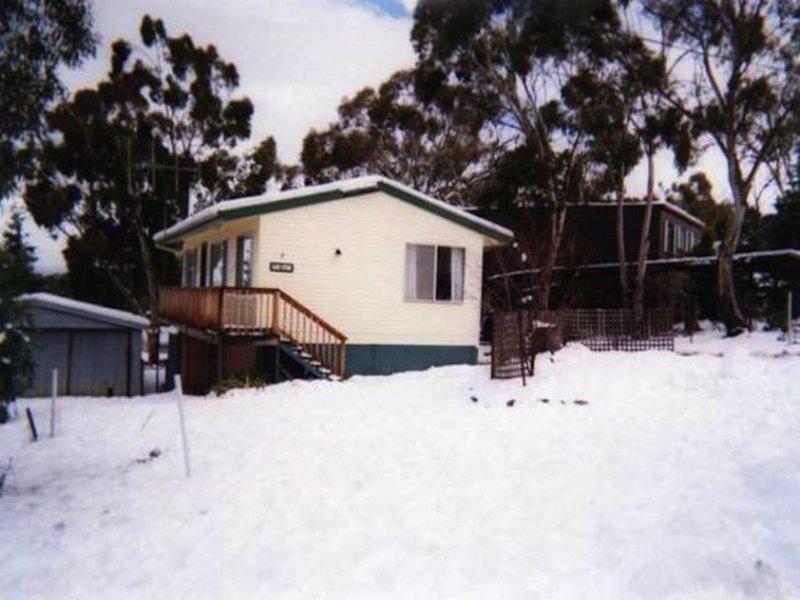 9 Clancy Street, Adaminaby, NSW 2629