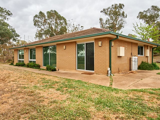 53 MARY GILMORE ROAD, Brucedale, NSW 2650