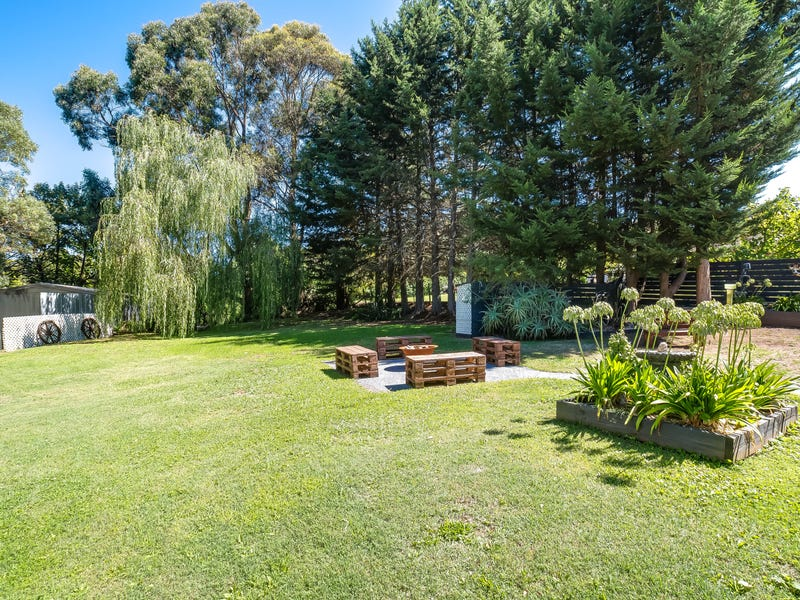 20 Parker Road, Silvan, Vic 3795