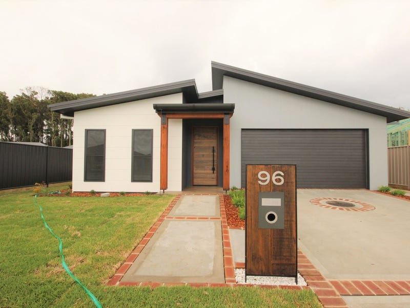 96 Kentia Drive, Forster, NSW 2428