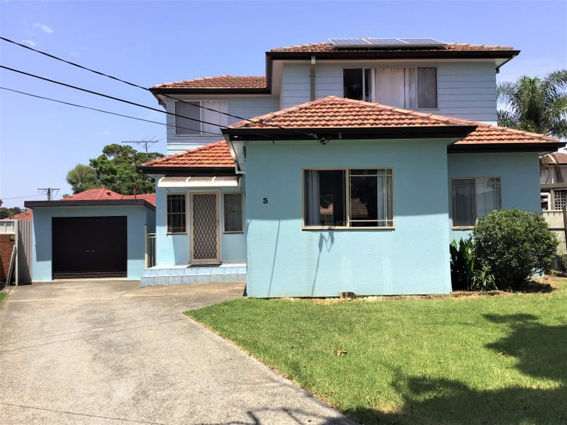 3 DUNROSSIL AVENUE, Fairfield, NSW 2165