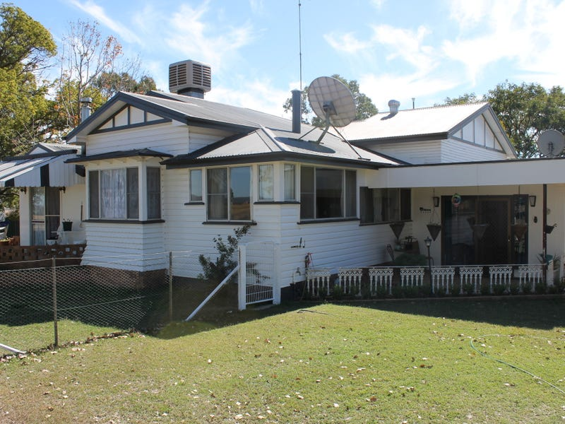 22 Crothers Rd, Massie, Qld 4370
