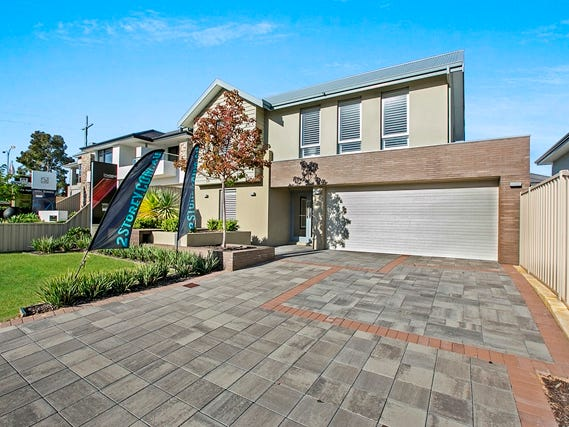 5 Cygnus Parade, Waterford, WA 6152