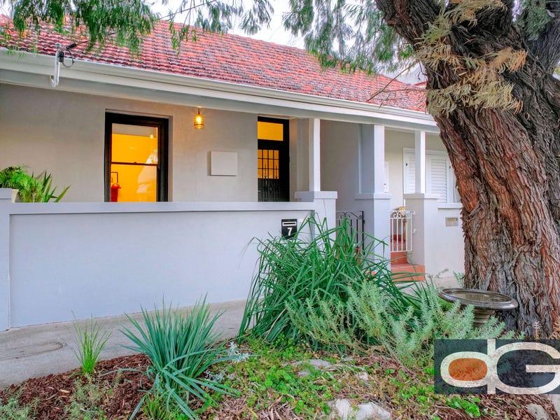 7 Howard Street, Fremantle, WA 6160
