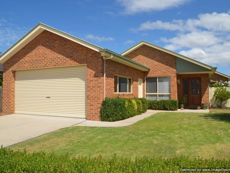 6 TAIRUA PLACE, Eastwood, Vic 3875