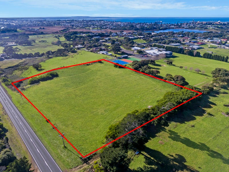 Lot 2  Madeira Packet Road