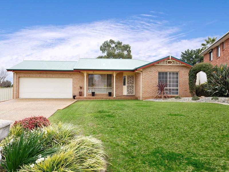 1 Ellwood Close, Bourkelands, NSW 2650