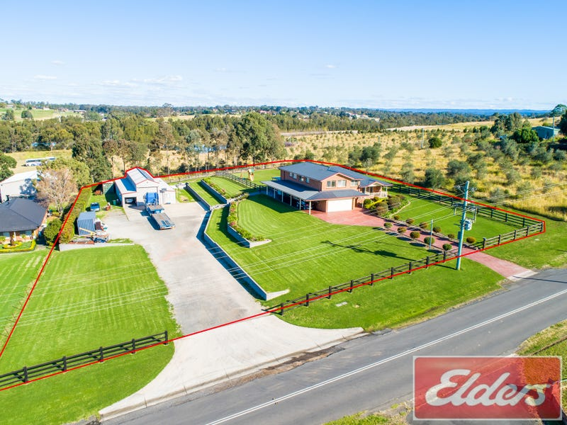 72-76 CASTLE ROAD, Orchard Hills, NSW 2748
