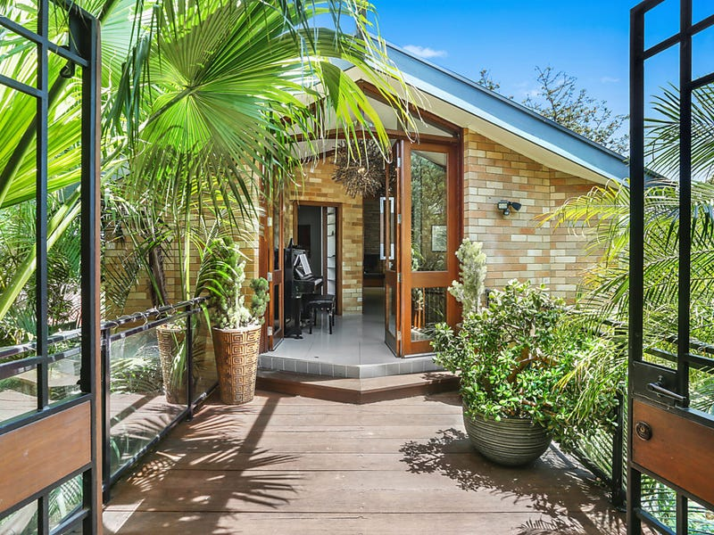 17 Immarna Avenue, West Wollongong, NSW 2500
