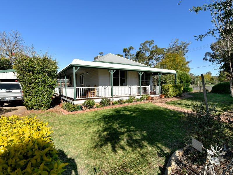 8 Lawson Ave, Gunnedah, NSW 2380