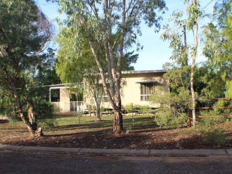 32 Hatt Street, Adelaide River, NT 0846
