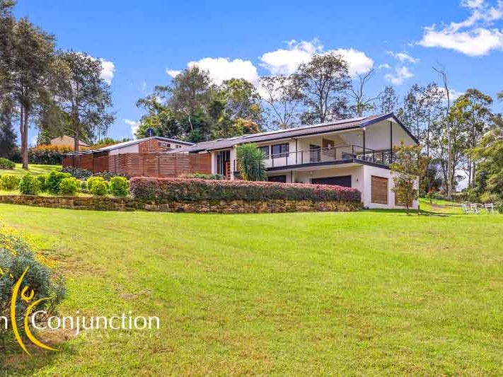 2 Julian Place, Arcadia, NSW 2159