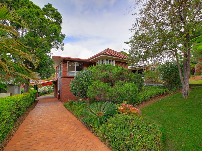 92 Brodie Street, Holland Park West, Qld 4121