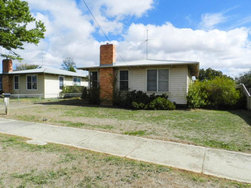 1228 Norman Street, Wendouree, Vic 3355