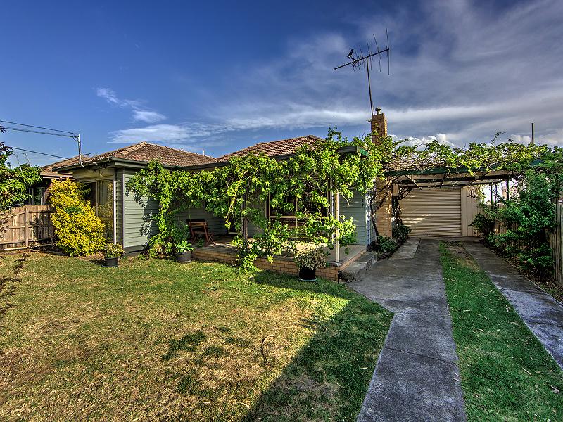 27 Dunkeld Avenue, Sunshine North, Vic 3020