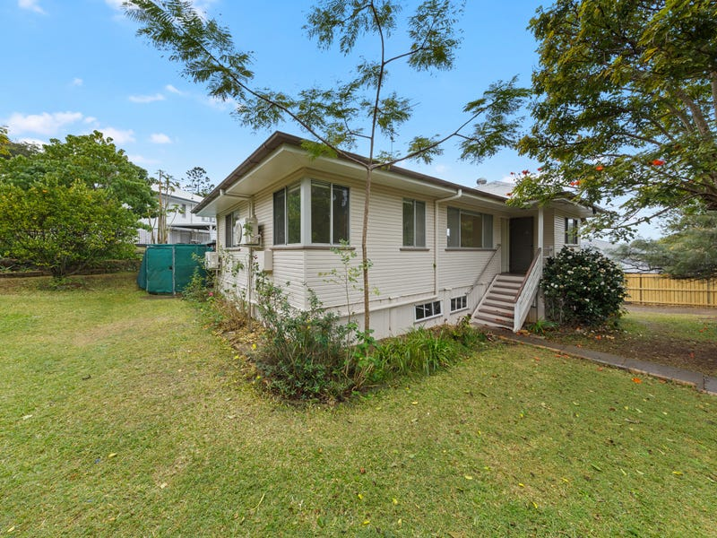 1 Diamond Street, Holland Park, Qld 4121