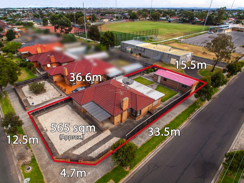 18 Rogerson Street, Avondale Heights, Vic 3034