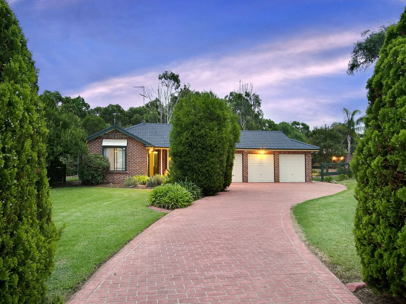 150 Willeroo Drive, Windsor Downs, NSW 2756