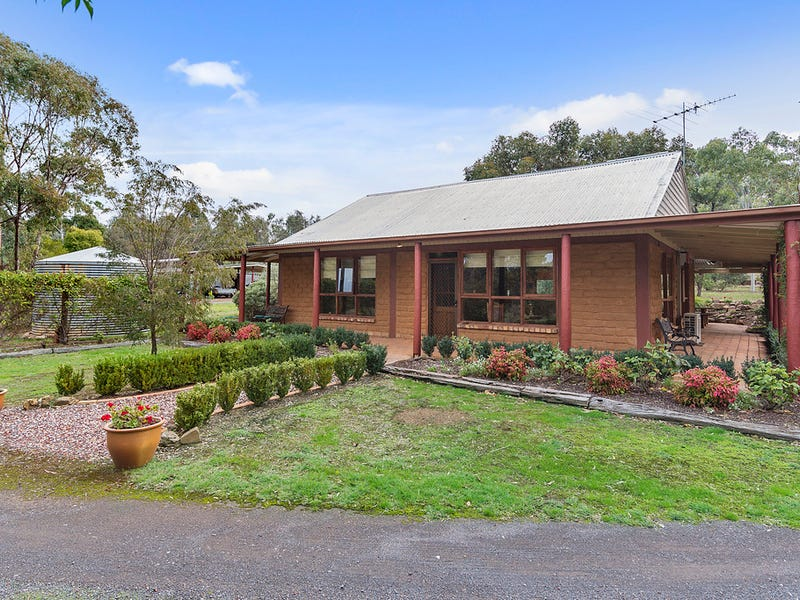 159 Bells Reef Road, Maldon, Vic 3463
