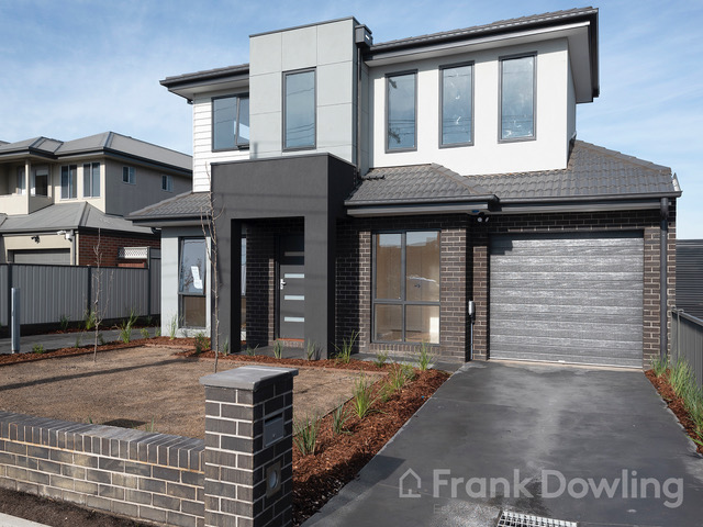 1 41 First Avenue Strathmore Vic 3041 Townhouse For Rent