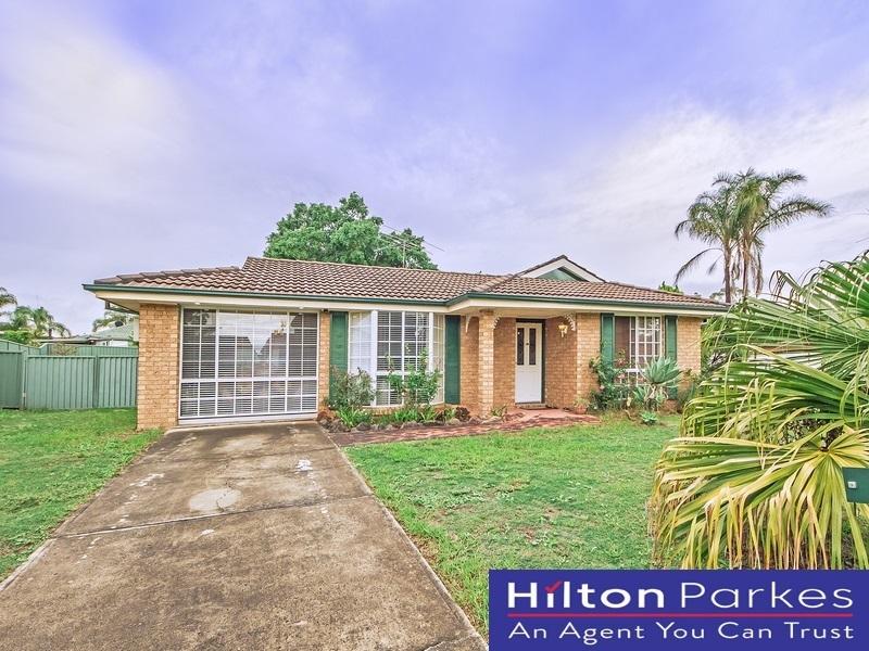 17 Barnard Crescent, Oakhurst, NSW 2761