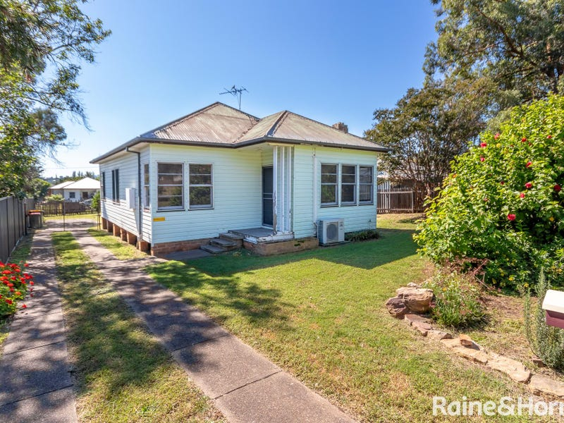 20 Forbes Street, Muswellbrook, NSW 2333