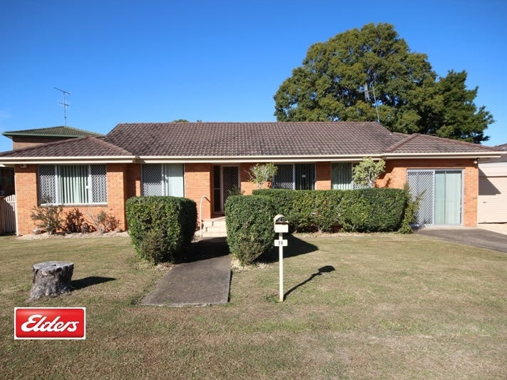 38 Wootton Crescent, Taree, NSW 2430