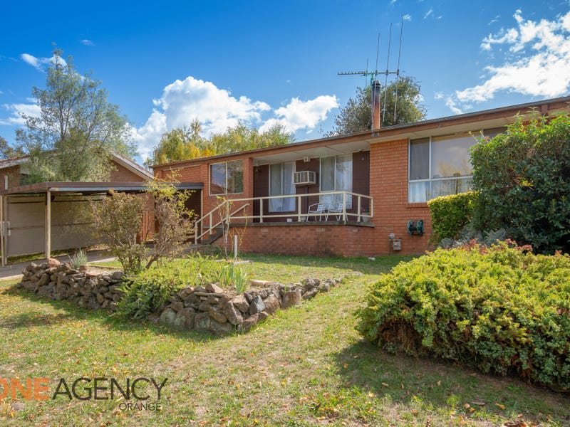 37 Anzac Place, Orange, NSW 2800