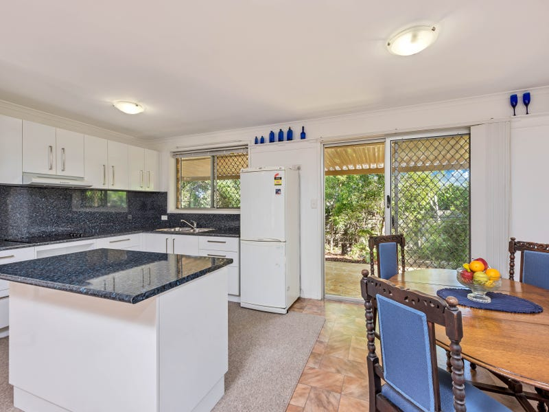 78 Coonowrin Street, Battery Hill, Qld 4551
